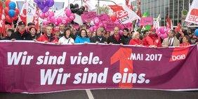 Demozug 1. mai 2017 in Gelsenkirchen mit DGB-Vorsitzendem Reiner Hoffmann